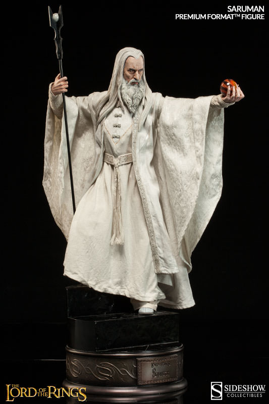 Saruman Premium Format Figure by Sideshow Collectibles