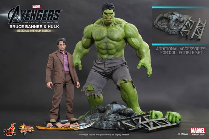 Avengers Bruce Banner And Hulk Figure Set by Hot Toys MMS230